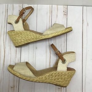 """Lucky Brand """"Kendra"""" wedge espadrille size 7.5"""